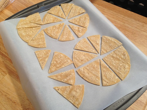 Watch the video: How to Make Corn Chips from Corn Tortillas )
